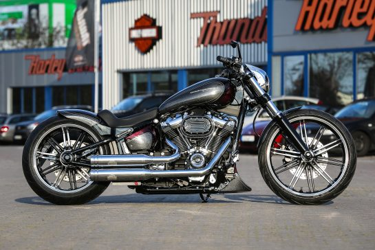 Customized Harley-Davidson Softail Breakout motorcycles by Thunderbike