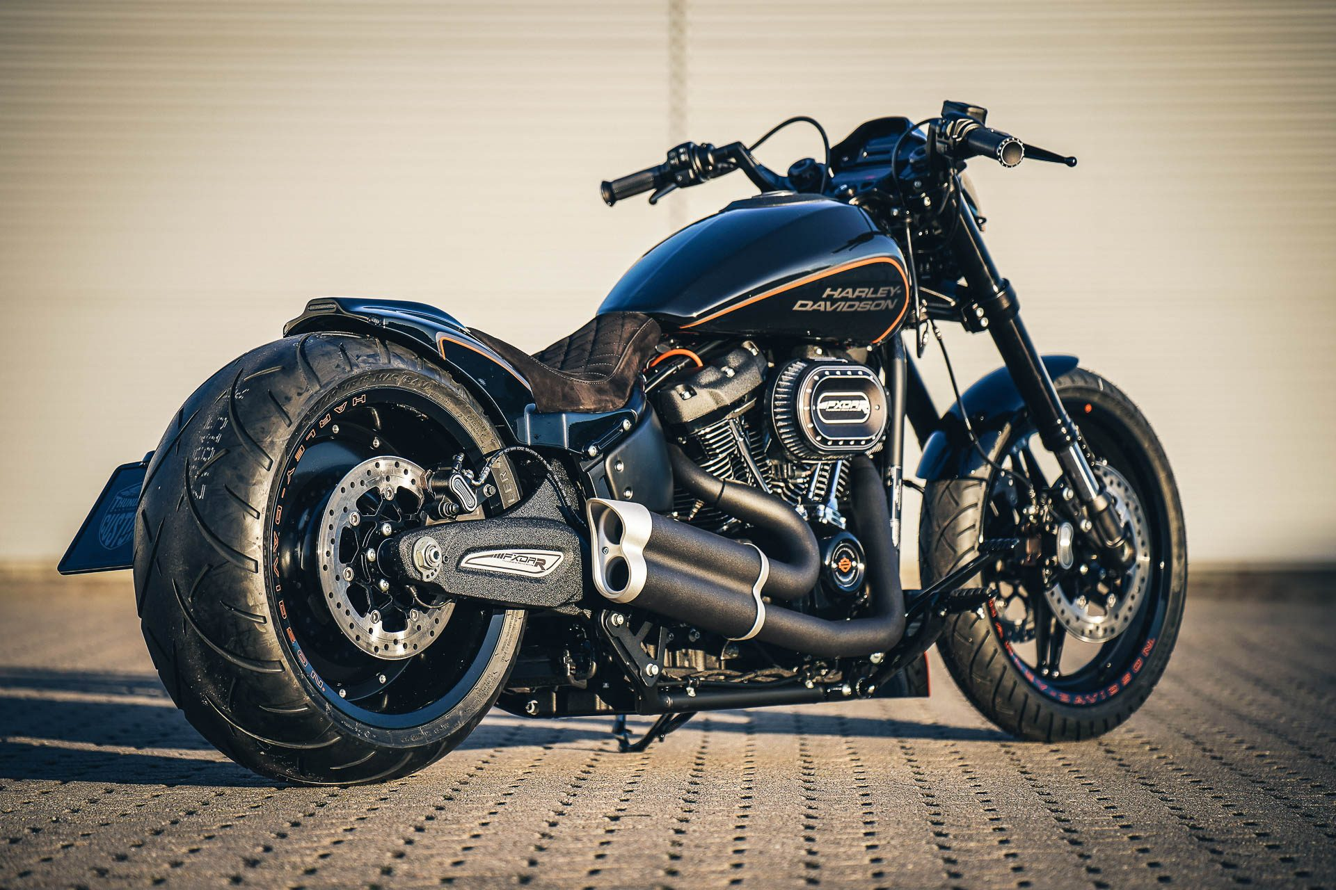 Thunderbike Destruction • first H-D FXDR 114 Custombike Project