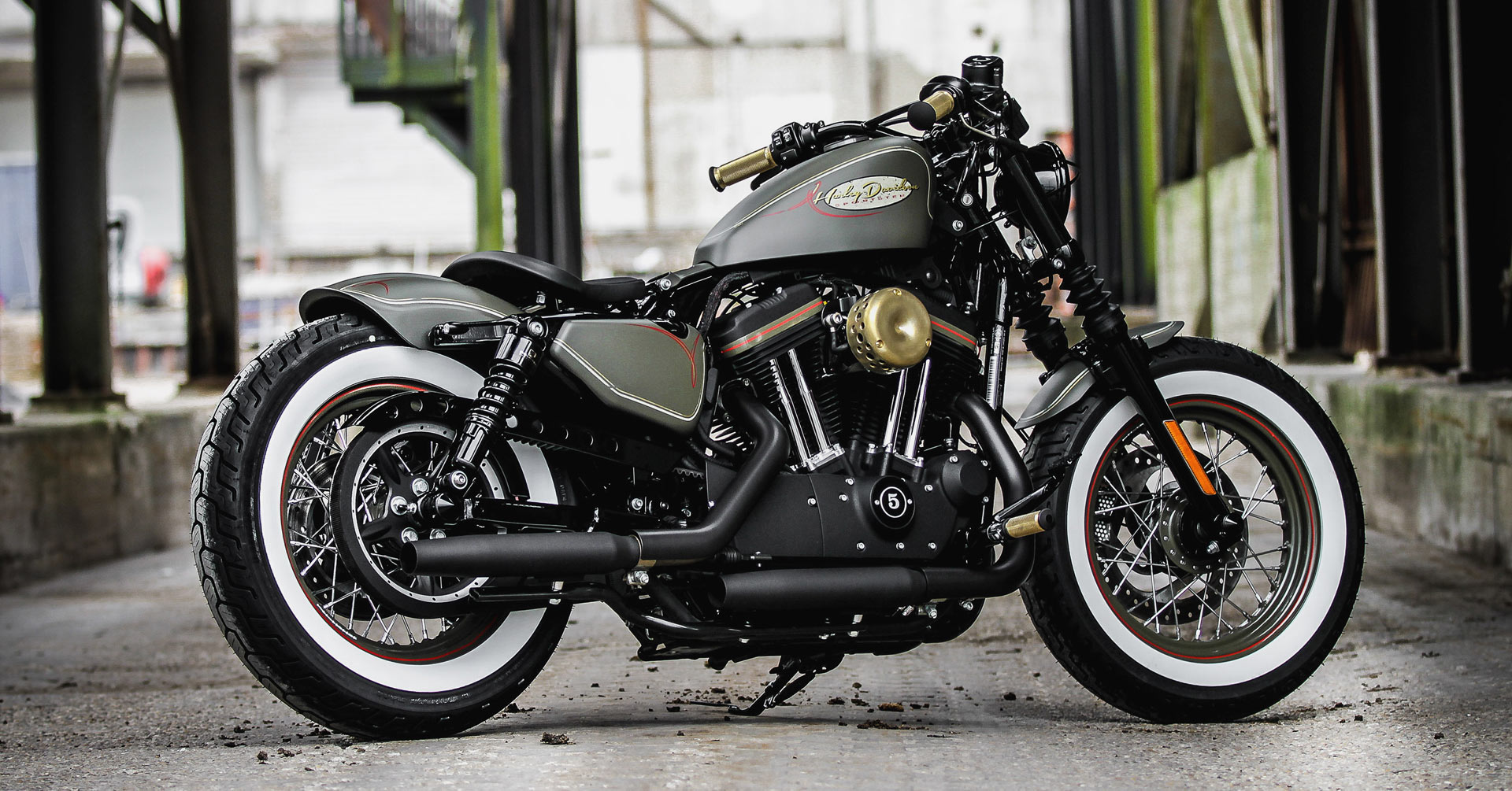 Customized Harley-Davidson Sportster Forty-Eight (48 ...